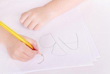 Особенности и методы почерковедческой экспертизы в криминалистике