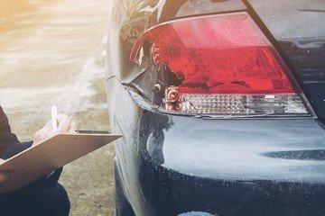 Как экспертиза автомобиля при ДТП поможет побороться с недобросовестными страховщиками?