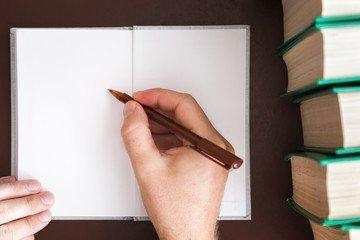 Как выполняется почерковедческая экспертиза и правила подбора компании