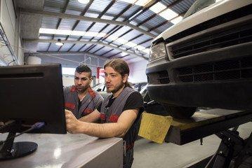 Проведение комплексной автотехнической экспертизы по ДТП